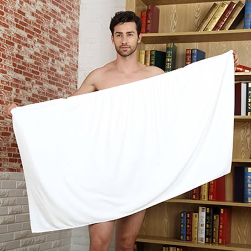 Мужчина с полотенцем фото